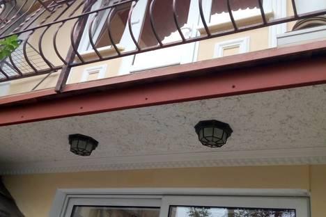 Сдается 2-комнатная квартира посуточно, Республика Крым,Поликуровская улица, 4.