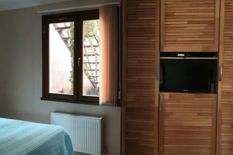 Сдается 1-комнатная квартира посуточно в Ялте, Республика Крым,Массандровская улица, 13.