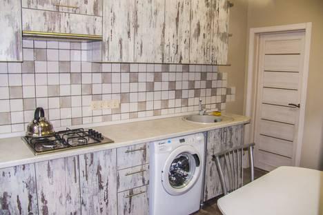 Сдается 1-комнатная квартира посуточно в Таганроге, Медный переулок, 1.