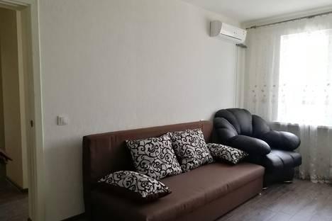 Сдается 2-комнатная квартира посуточно в Новороссийске, проспект Ленина 103.
