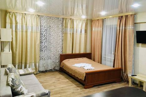 Сдается 1-комнатная квартира посуточно в Иркутске, Строительный переулок, 8.