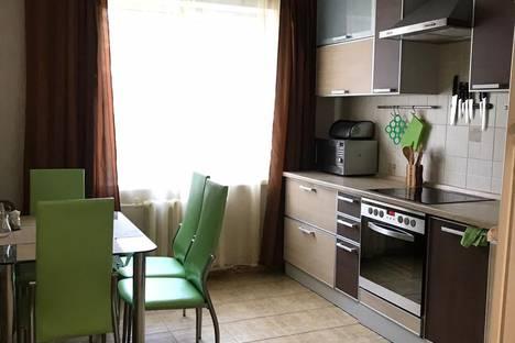 Сдается 2-комнатная квартира посуточно в Белокурихе, ул. Советская, 2.