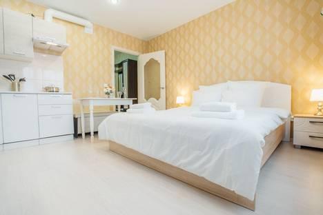 Сдается 1-комнатная квартира посуточно, Хрустальная улица, 44к3.
