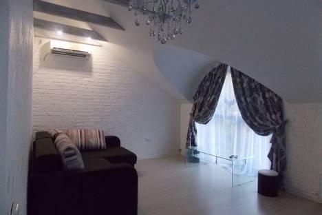Сдается 2-комнатная квартира посуточно в Евпатории, Республика Крым,Санаторская улица,.