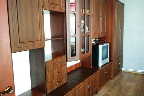 Сдается 2-комнатная квартира посуточно в Орджоникидзе, городской округ Феодосия, посёулица Нахимова.