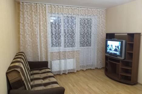 Сдается 1-комнатная квартира посуточно в Сергиевом Посаде, улица Глинки, 8А.