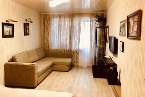 Сдается 1-комнатная квартира посуточно в Перми, улица Патриса Лумумбы, 11.