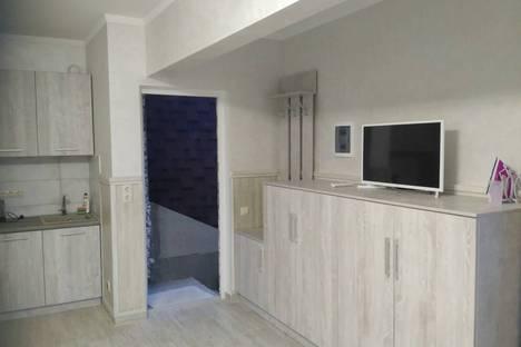 Сдается 2-комнатная квартира посуточно в Ялте, Пироговская улица, 20.