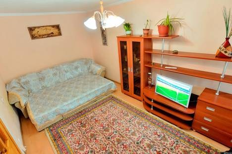 Сдается 1-комнатная квартира посуточно в Караганде, .