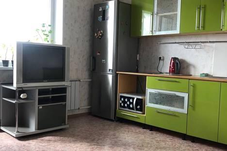 Сдается 1-комнатная квартира посуточно в Челябинске, Взлётная улица, 5.