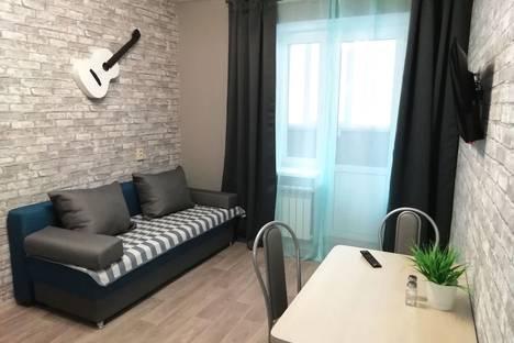 Сдается 2-комнатная квартира посуточно, улица Бориса Житкова, 2.