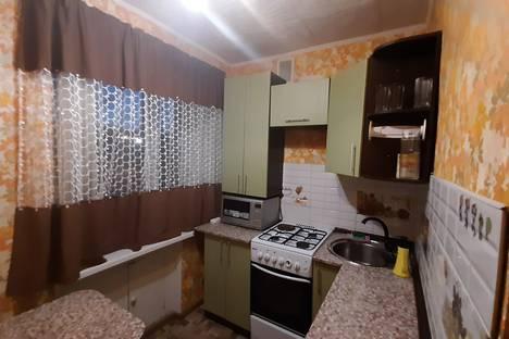 Сдается 1-комнатная квартира посуточно в Караганде, проспект Строителей, д.25.