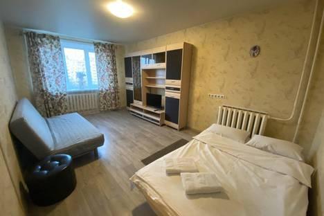Сдается 1-комнатная квартира посуточно в Пушкино, микрорайон Дзержинец, 30.
