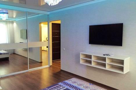 Сдается 1-комнатная квартира посуточно в Павлодаре, улица Камзина, 60.