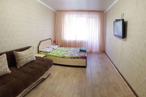 Сдается 1-комнатная квартира посуточно, улица Каирбаева, 74.