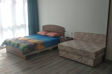 Сдается 1-комнатная квартира посуточно в Алупке, улица Олега Кошевого 7б.