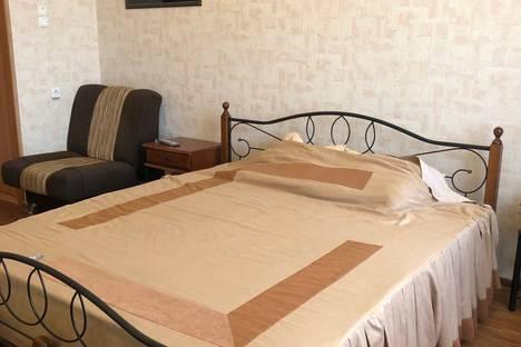 Сдается 1-комнатная квартира посуточно, Орёл, Комсомольская улица, 263.