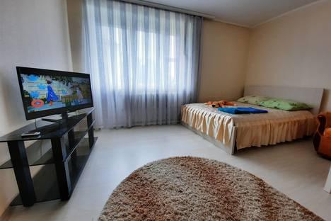 Сдается 2-комнатная квартира посуточно в Жлобине, Красноармейская улица, 16.