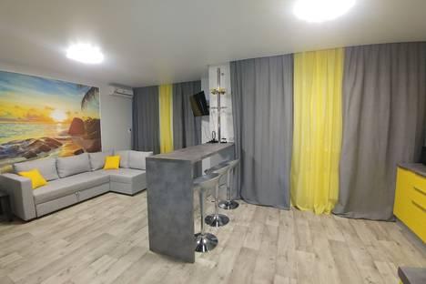 Сдается 1-комнатная квартира посуточно, улица Федерации, 130А.