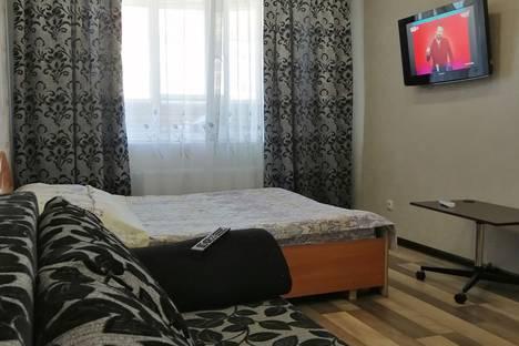 Сдается 1-комнатная квартира посуточно в Чебоксарах, улица Ленинского Комсомола, 23к2.