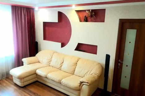 Сдается 2-комнатная квартира посуточно в Нижнем Новгороде, микрорайон Мончегорский, Мончегорская улица, 13А1.