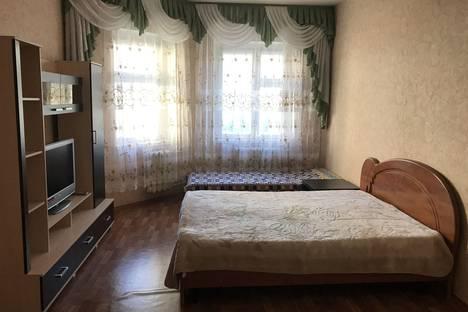 Сдается 1-комнатная квартира посуточно, Ханты-Мансийский автономный округ,улица Героев Самотлора, 23.