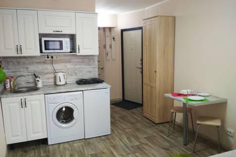 Сдается 1-комнатная квартира посуточно, Рощинская улица, 44.