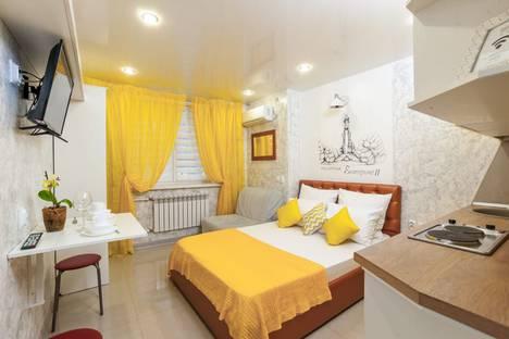 Сдается 1-комнатная квартира посуточно в Краснодаре, Кореновская улица, 69, подъезд 2.