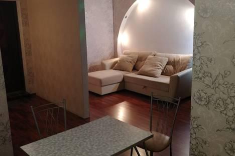 Сдается 1-комнатная квартира посуточно в Челябинске, Комсомольский проспект, 52.