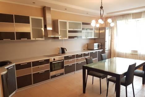 Сдается 1-комнатная квартира посуточно в Челябинске, Комсомольский проспект, 62В.