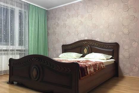 Сдается 3-комнатная квартира посуточно в Батайске, Сжм6Батайск.