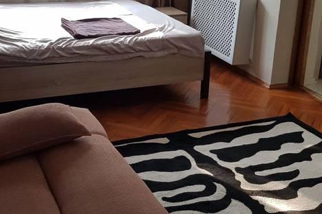 Сдается 1-комнатная квартира посуточно в Сочи, микрорайон Центральный, улица Воровского, 20.