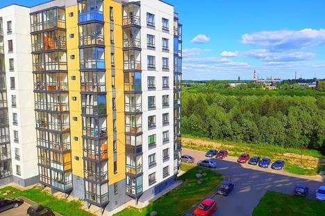 Сдается 2-комнатная квартира посуточно, Колмовская набережная, 83.