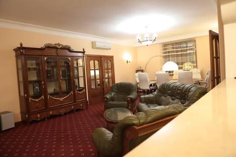 Сдается 5-комнатная квартира посуточно в Москве, Долгоруковская улица, 6.