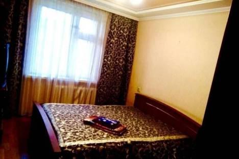 Сдается 3-комнатная квартира посуточно в Альметьевске, улица Ленина, 3.