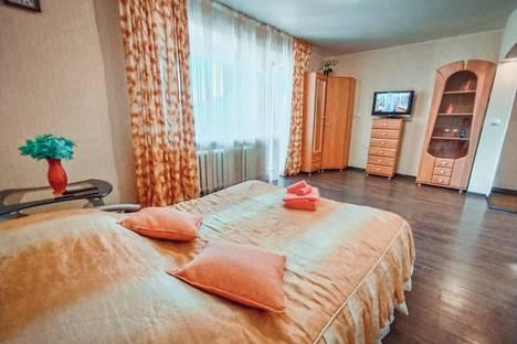 Сдается 1-комнатная квартира посуточно, улица Верхняя Дуброва, 19.