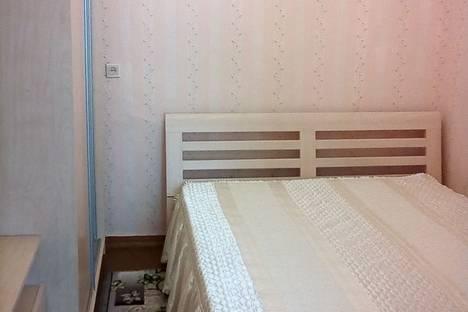 Сдается 2-комнатная квартира посуточно, ул. Андрея Князева, д. 7.
