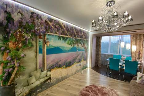 Сдается 1-комнатная квартира посуточно в Серпухове, улица Ворошилова, 117.