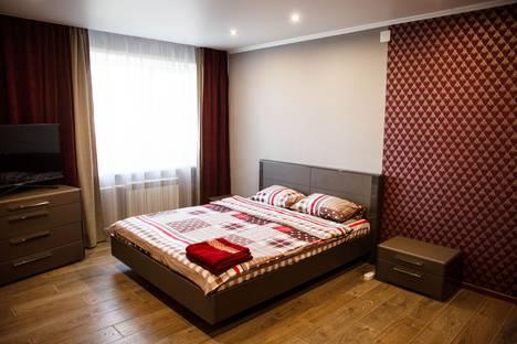 Сдается 2-комнатная квартира посуточно, Советский проспект, 81.