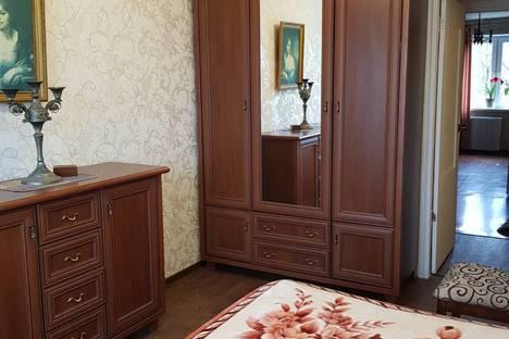 Сдается 3-комнатная квартира посуточно в Пионерском, Южная улица, 10.