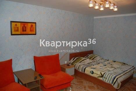 Сдается 1-комнатная квартира посуточнов Воронеже, ул. Вл. Невского, 19,.