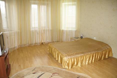 Сдается 1-комнатная квартира посуточнов Тюмени, ул. Циолковского, 9.