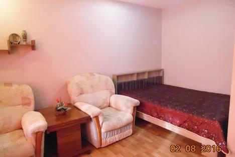 Сдается 1-комнатная квартира посуточно в Челябинске, ул. Дзержинского, 95А.
