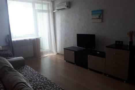 Сдается 1-комнатная квартира посуточно, Краснознаменская, 6.