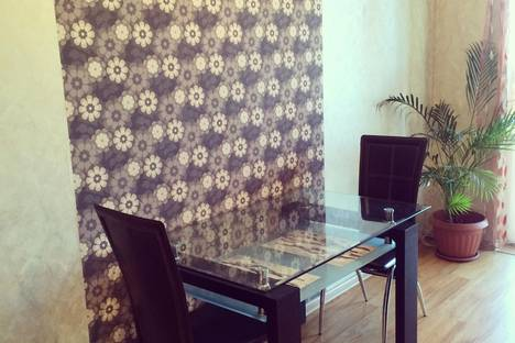 Сдается 1-комнатная квартира посуточно в Калининграде, Эпроновская 1, 8-ой этаж.