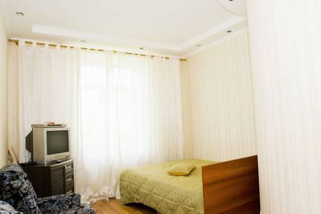 Сдается 1-комнатная квартира посуточнов Омске, Братская 5.