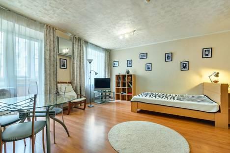 Сдается 1-комнатная квартира посуточно, Соборный,73.