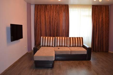 Сдается 1-комнатная квартира посуточнов Тюмени, 50 Лет ВЛКСМ 13/1В.