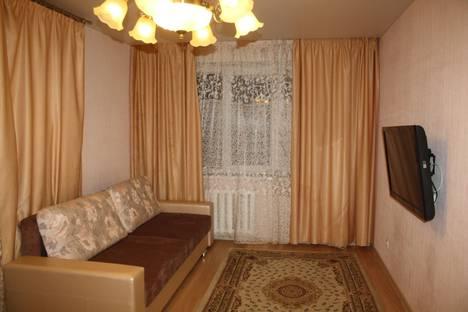 Сдается 2-комнатная квартира посуточнов Тюмени, 50 Лет Октября 54.