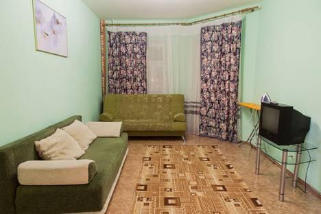 Сдается 1-комнатная квартира посуточнов Нижневартовске, ул Нововартовская 6.